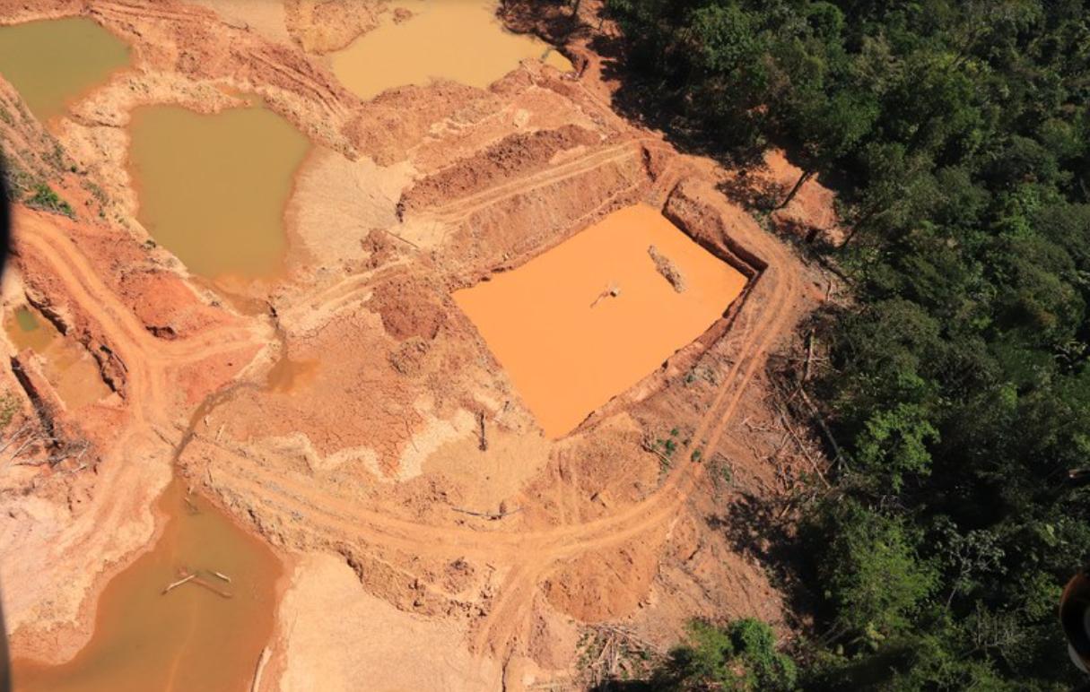 Imagem obtida durante operacao da Policia Federal contra o garimpo ilegal em terras indigenas do Para em agosto de 2021 Foto Policia Federal Reproducao - Ocorrências de desmatamento dentro e no entorno das áreas protegidas aumentaram 13% em um ano na Amazônia